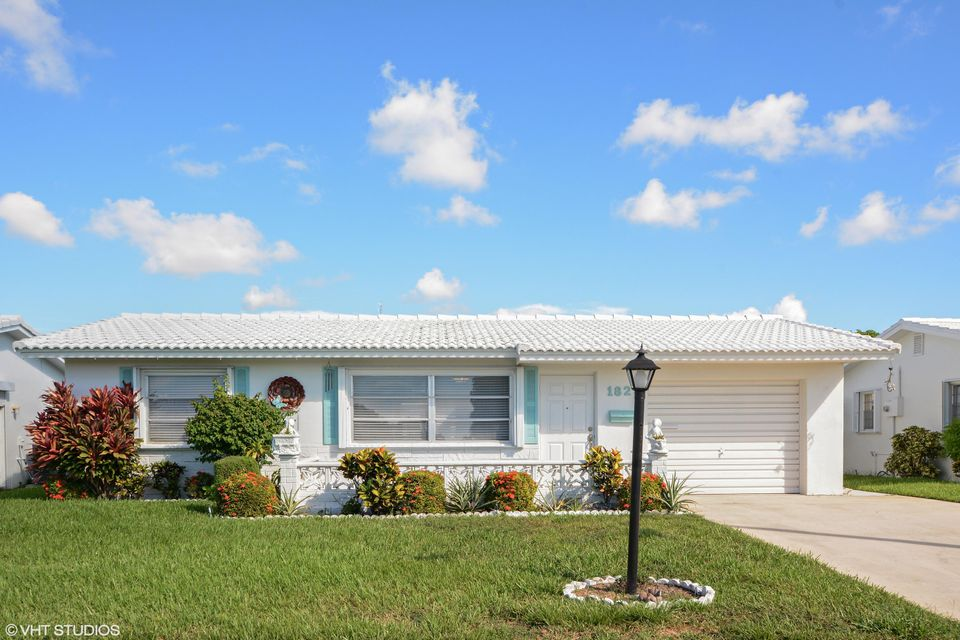1823 SW Congress Boulevard Boynton Beach 33426 - photo