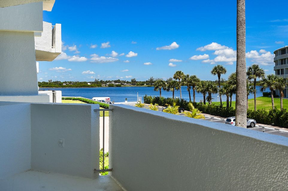 2773 S Ocean Boulevard 211  Palm Beach FL 33480