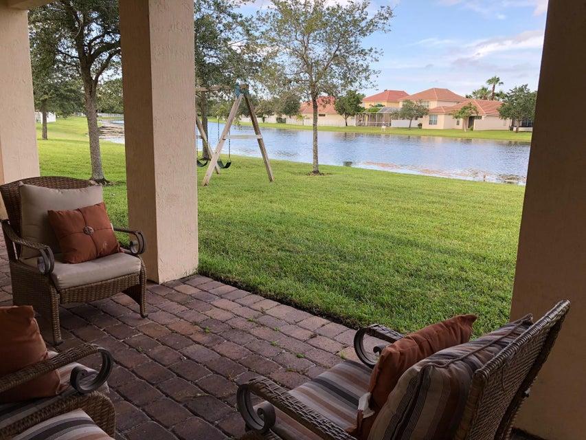 174 Palm Beach Plantation Boulevard Royal Palm Beach, FL 33411 photo 35