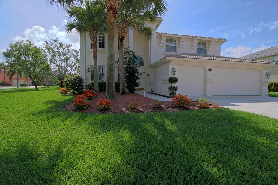 2151 Bellcrest Circle Royal Palm Beach, FL 33411 photo 2