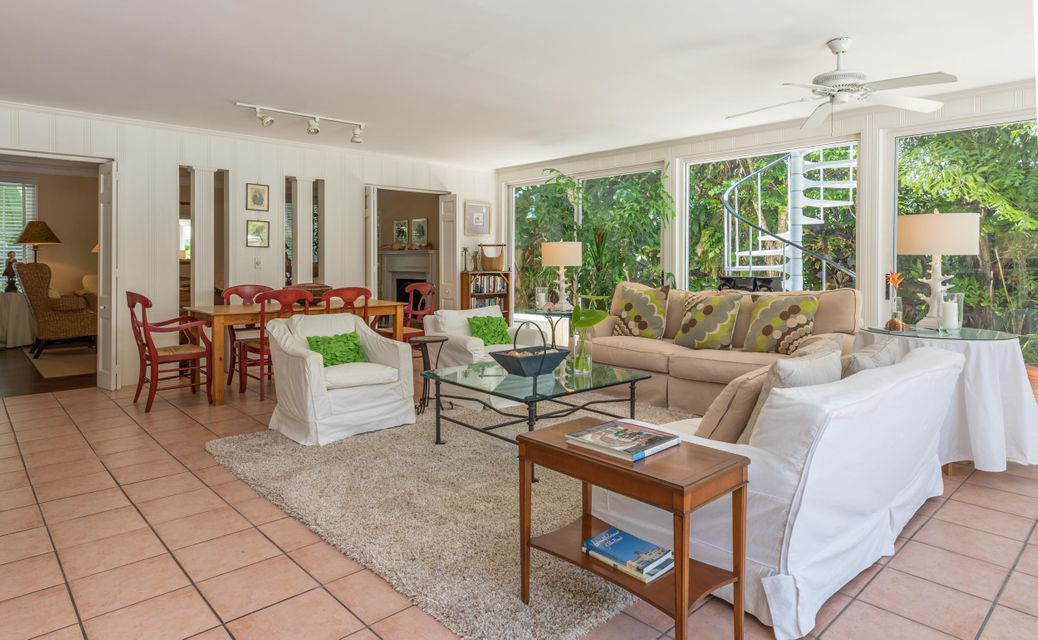 323  Arabian Road , Palm Beach FL 33480 is listed for sale as MLS Listing RX-10446355 photo #4