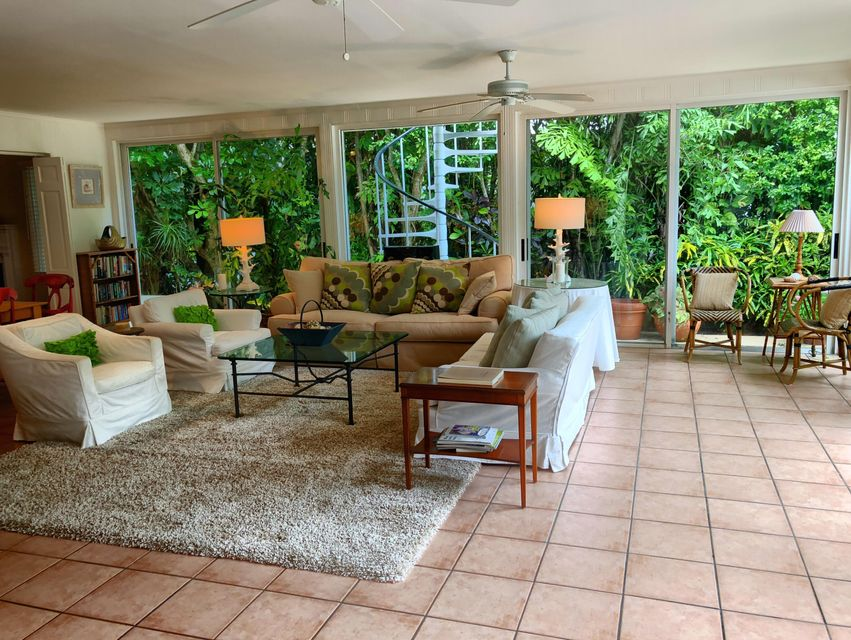 323  Arabian Road , Palm Beach FL 33480 is listed for sale as MLS Listing RX-10446355 photo #5