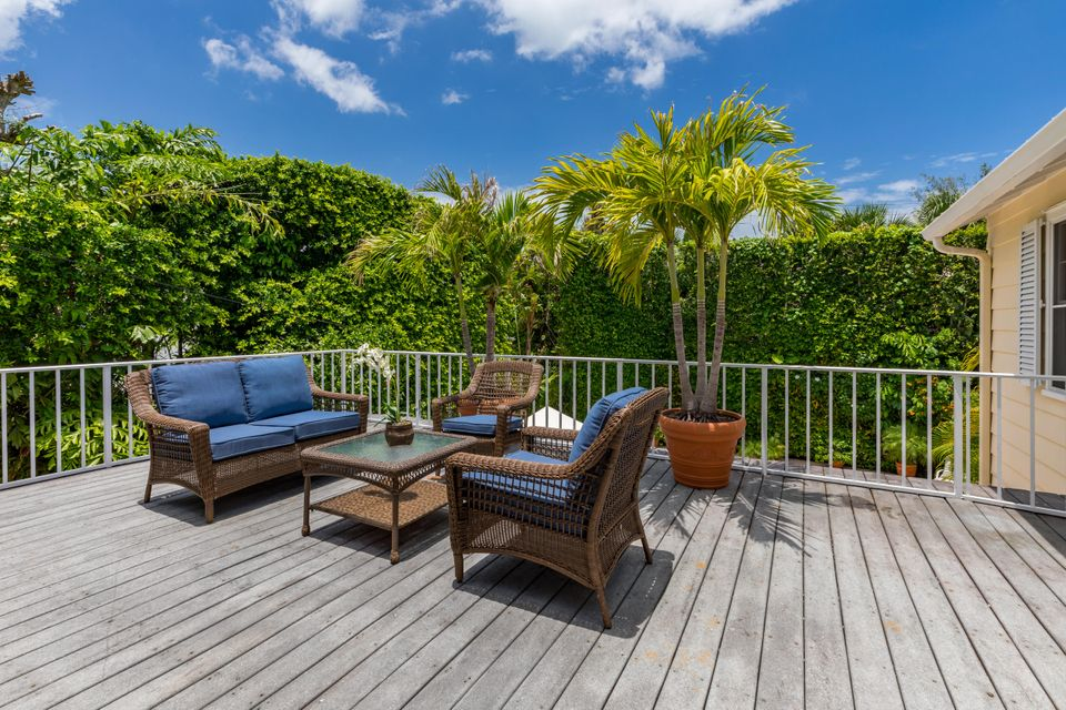 323  Arabian Road , Palm Beach FL 33480 is listed for sale as MLS Listing RX-10446355 photo #8