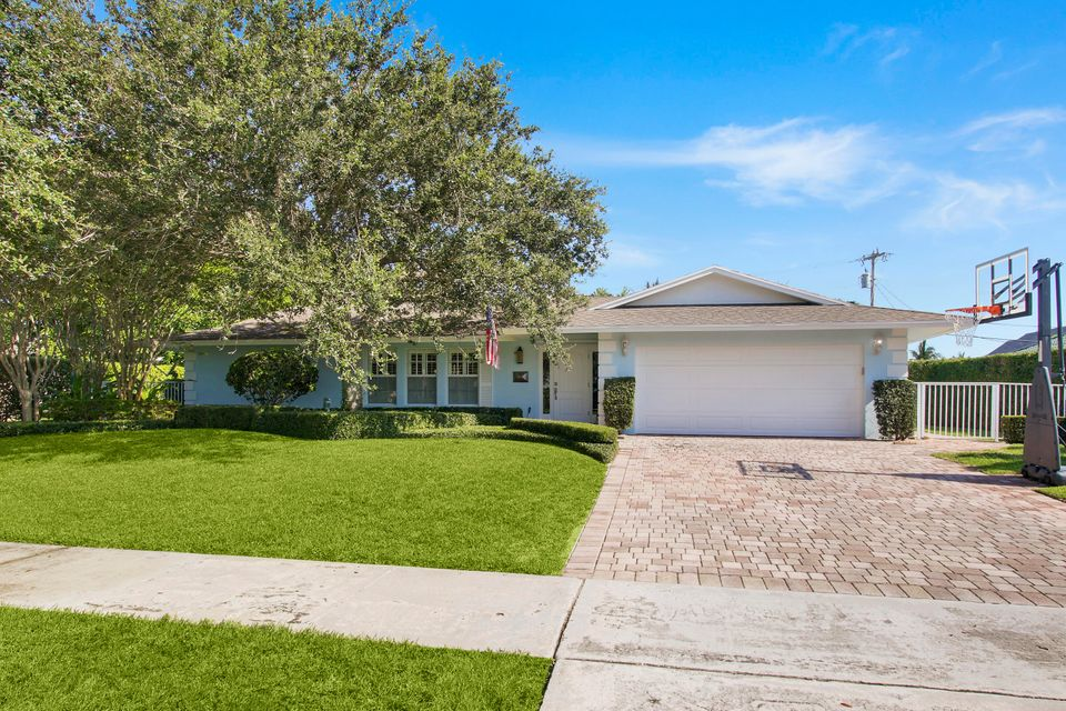 Home for sale in Yacht Club Addition to Village of North Palm Beach North Palm Beach Florida