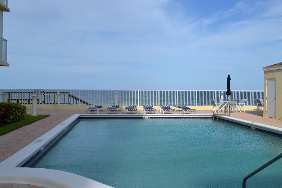 3540 S Ocean Boulevard 215  South Palm Beach FL 33480