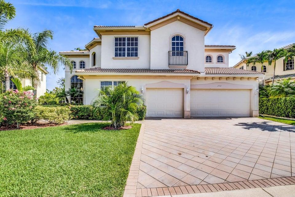 2932 E Fontana Court  Royal Palm Beach FL 33411