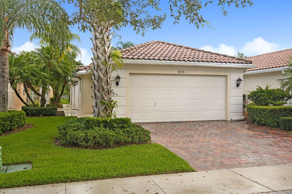 8374 Cozumel Lane  Wellington, FL 33414