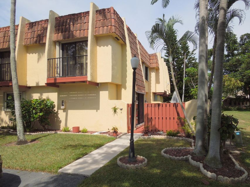 Home for sale in DAVIS PLACE West Palm Beach Florida