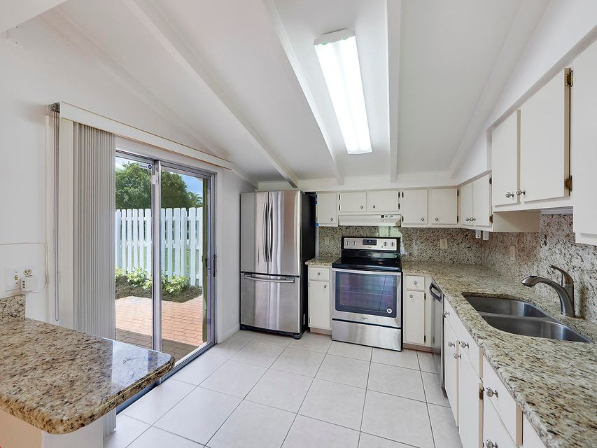 Home for sale in SIMS CREEK AS Jupiter Florida