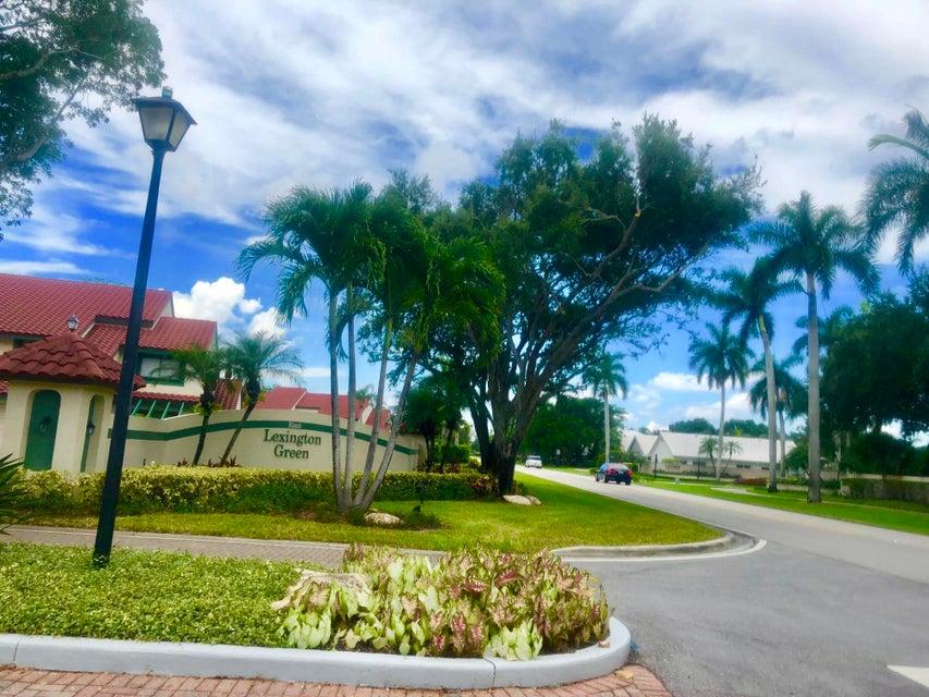 5 Lexington Lane C  Palm Beach Gardens FL 33418
