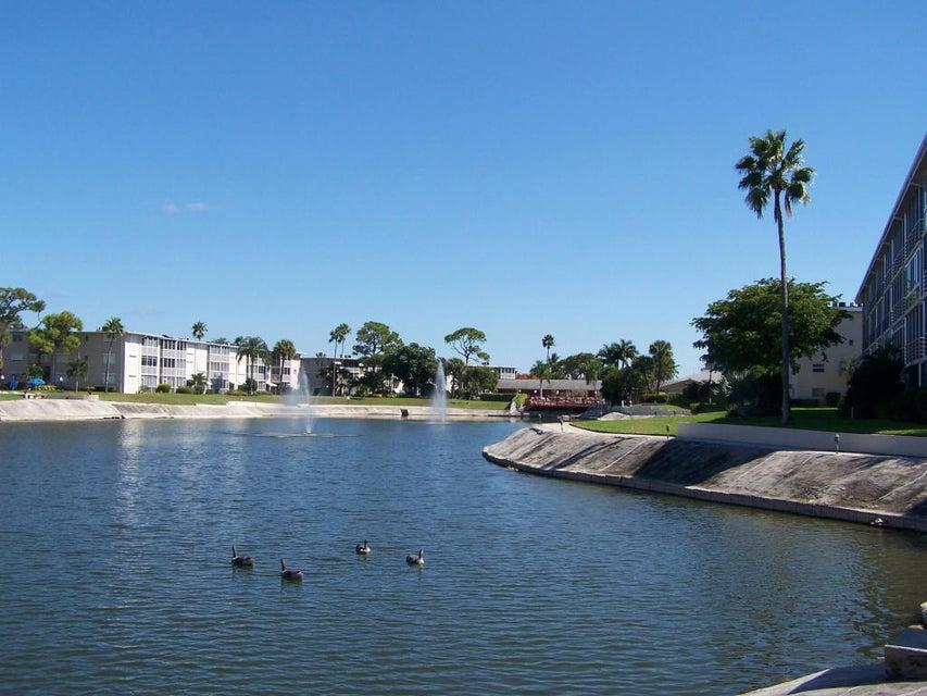 2669 Garden Drive 205 Lake Worth, FL 33461