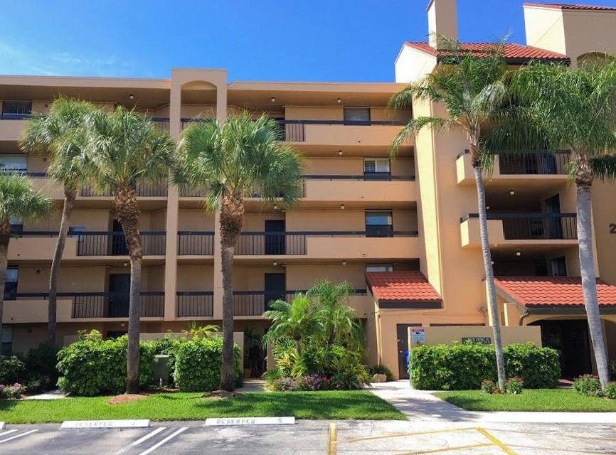 Home for sale in LAVERS DELRAY RACQUET CLUB CONDO Delray Beach Florida