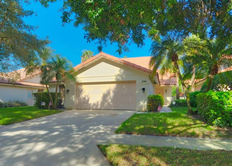 2565 Iroquois Circle  West Palm Beach, FL 33409