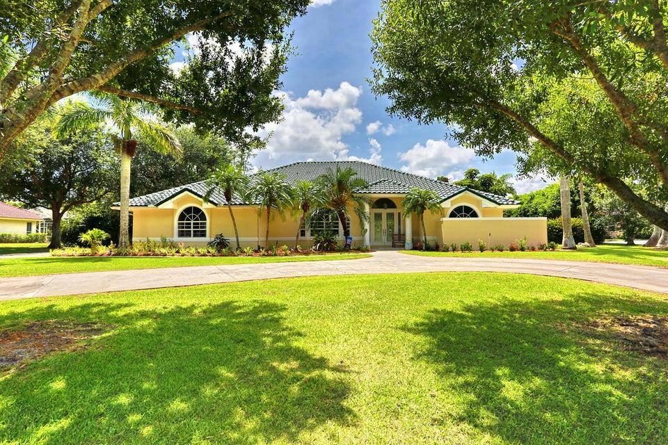 8281 Man O War Road , Palm Beach Gardens FL 33418 is listed for sale as MLS Listing RX-10449297 62 photos