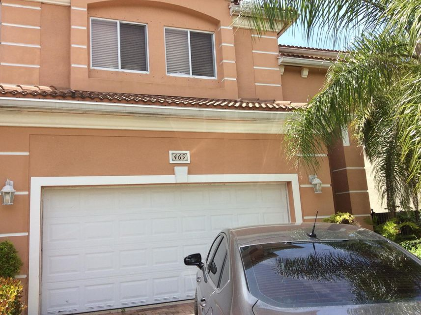 469 Gazetta Way West Palm Beach, FL 33413