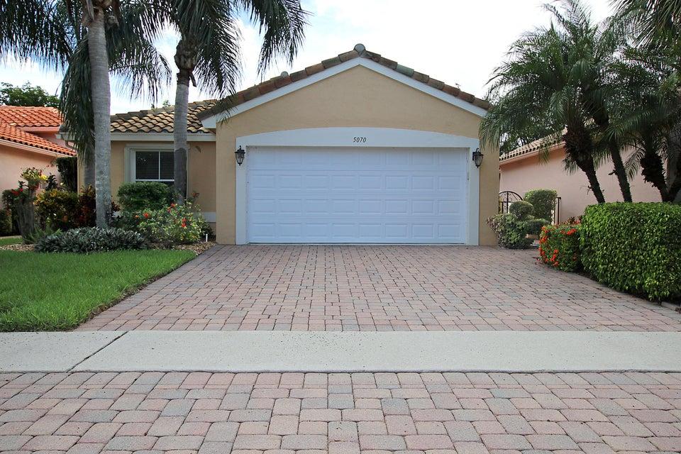 CASCADE LAKES home 5070 Pelican Cove Drive Boynton Beach FL 33437