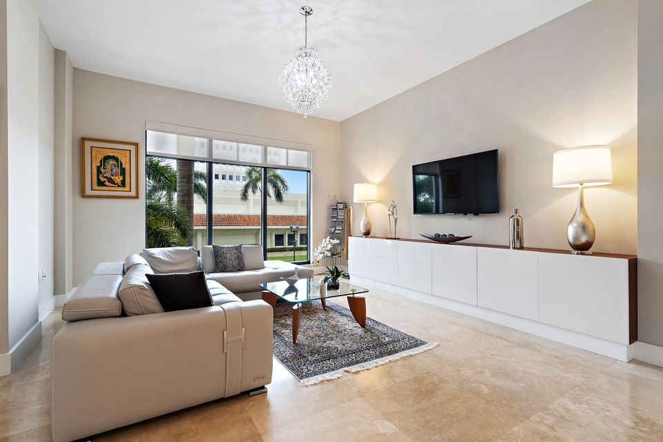 Home for sale in 200 East Boca Raton Florida