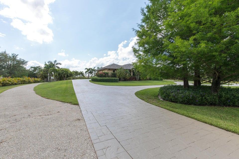 3055 Palm Beach Point Boulevard Wellington, FL 33414 photo 5