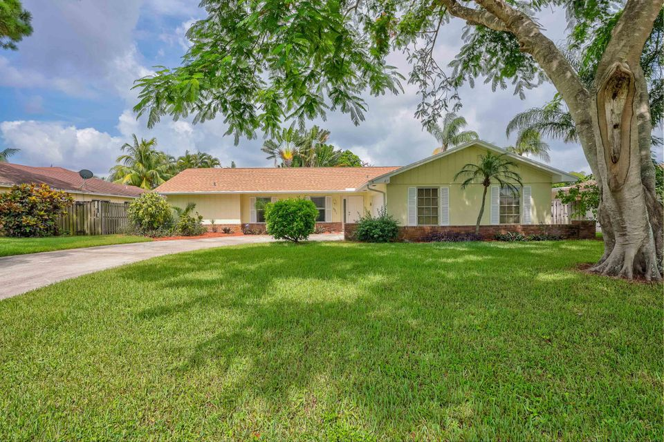 Home for sale in PALM BEACH GARDENS 6 Palm Beach Gardens Florida