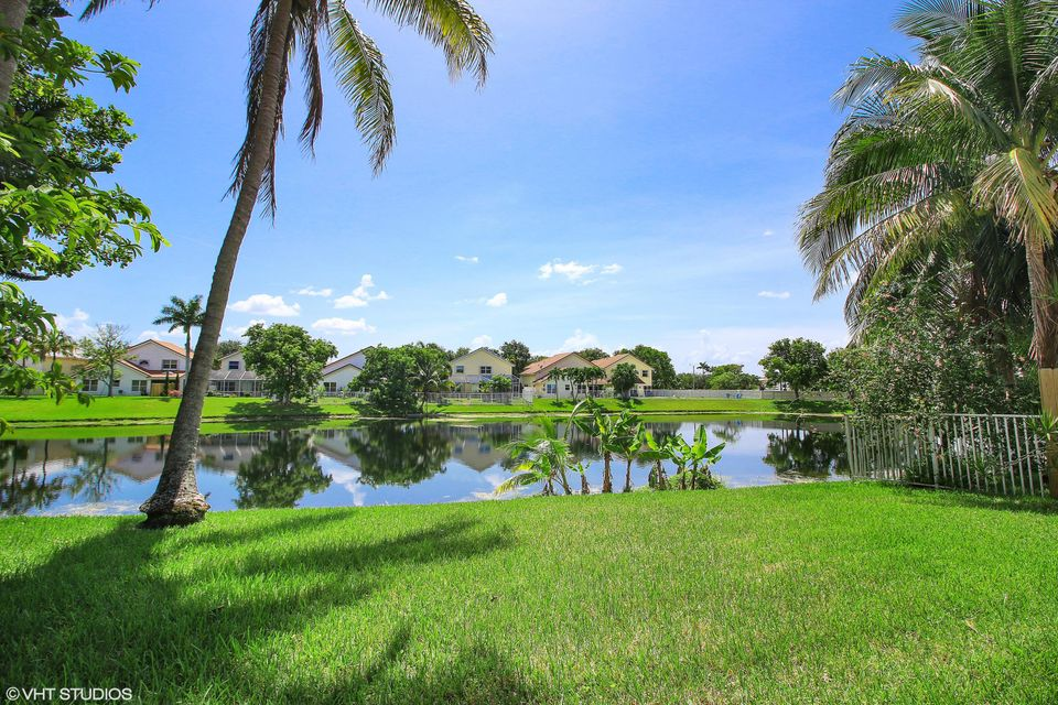 2929 NW 68th Lane , MARGATE FL 33063 is listed for sale as MLS Listing RX-10450075 26 photos