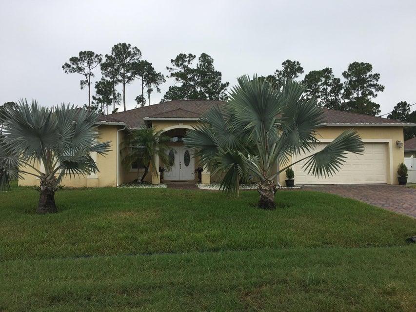 1474 SW Medina Avenue  Port Saint Lucie FL 34953