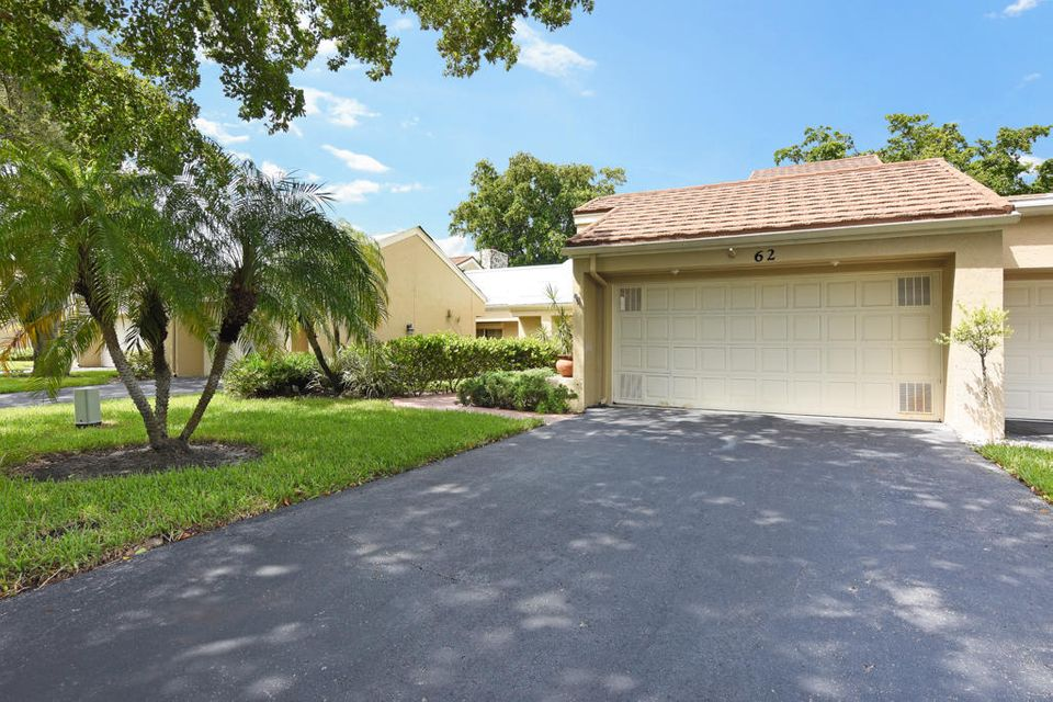 62 E Balfour Road , Palm Beach Gardens FL 33418 is listed for sale as MLS Listing RX-10446175 19 photos