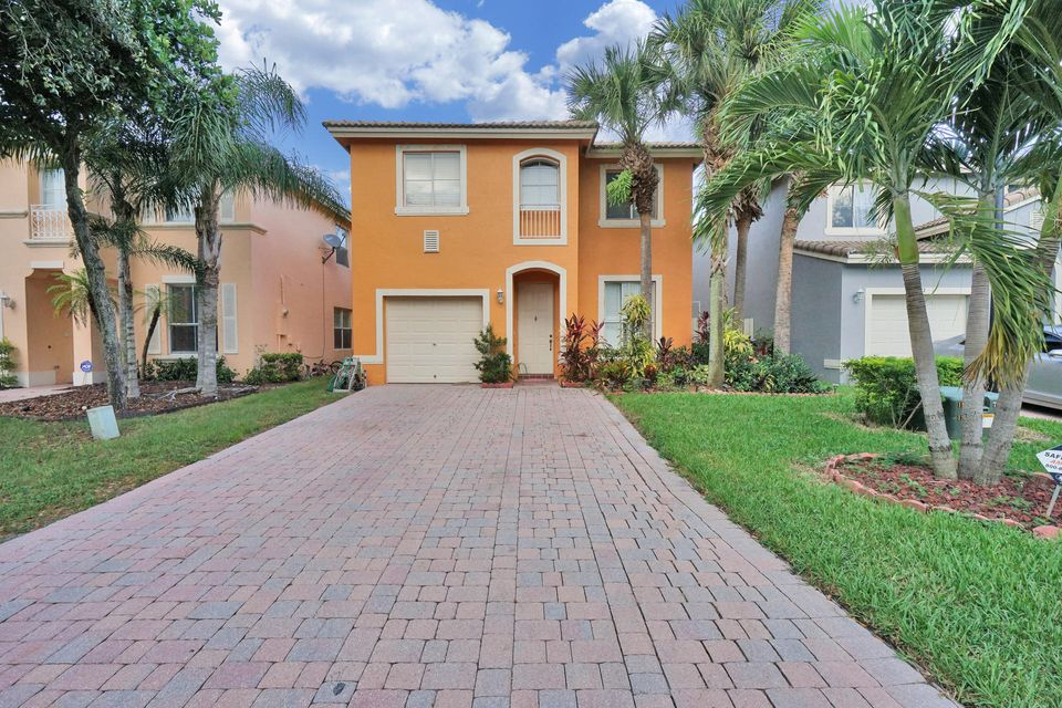 4388 Lake Tahoe Circle West Palm Beach, FL 33409