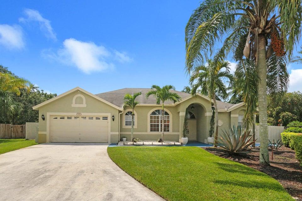 132 Nottingham Road Royal Palm Beach, FL 33411
