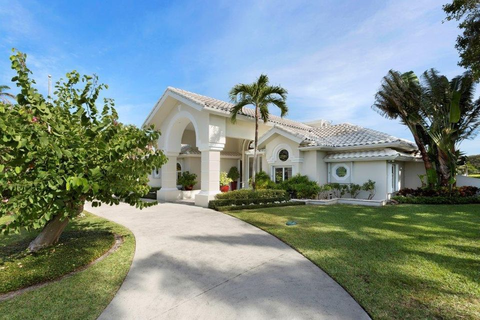 1400  Lands End Road , Manalapan FL 33462 is listed for sale as MLS Listing RX-10453416 photo #2