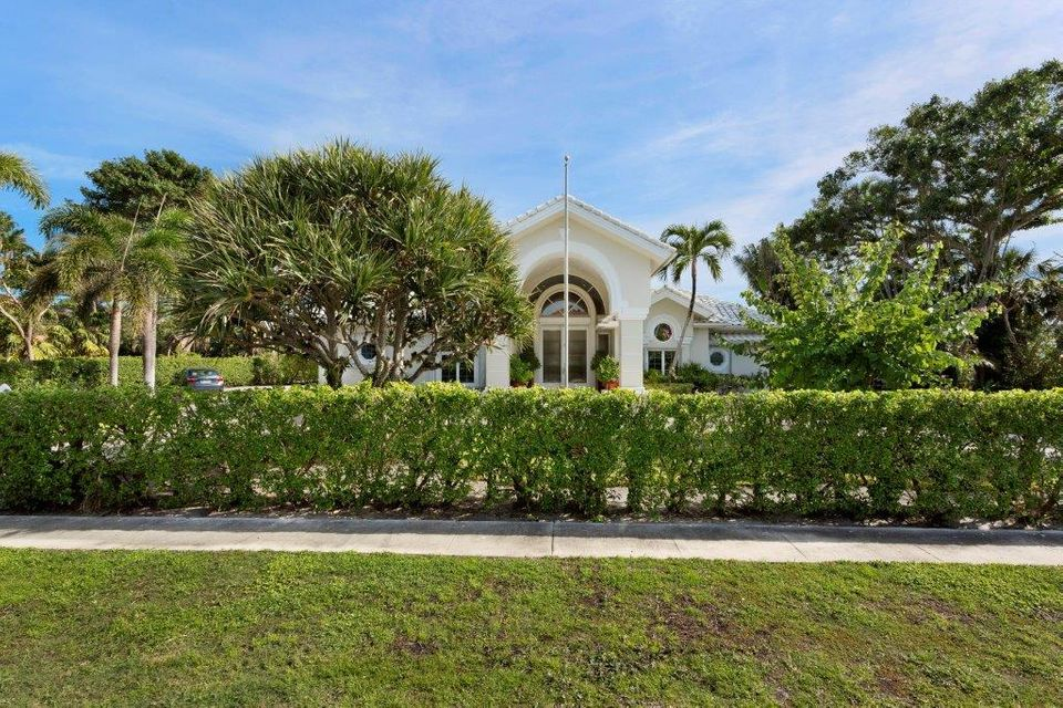 1400  Lands End Road , Manalapan FL 33462 is listed for sale as MLS Listing RX-10453416 photo #3