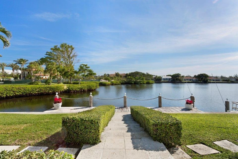 1400  Lands End Road , Manalapan FL 33462 is listed for sale as MLS Listing RX-10453416 photo #25