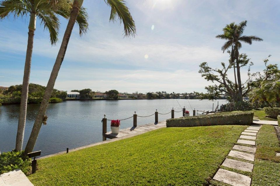 1400  Lands End Road , Manalapan FL 33462 is listed for sale as MLS Listing RX-10453416 photo #26