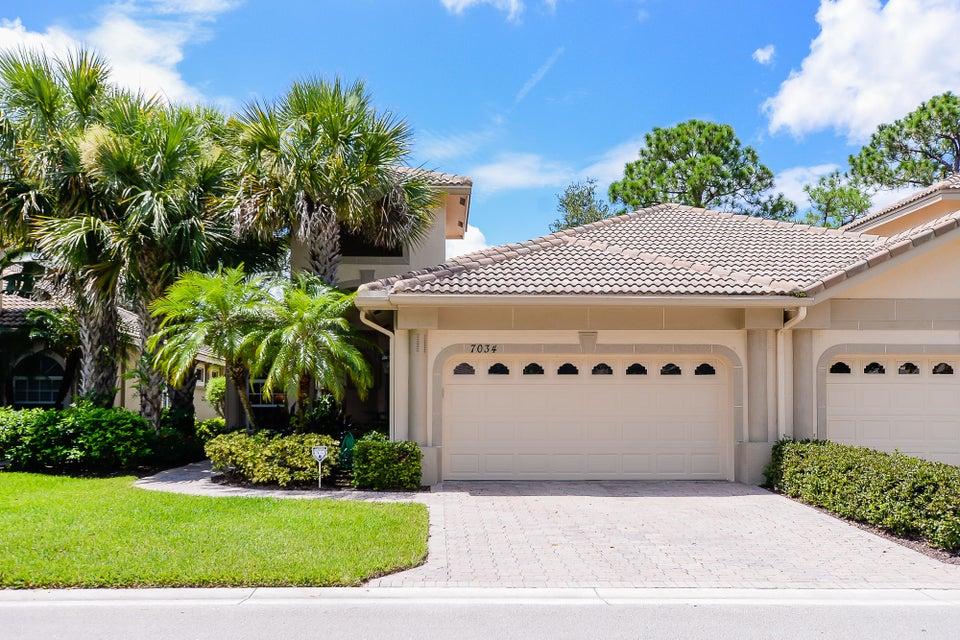 7034  Torrey Pines Circle, Port Saint Lucie, Florida