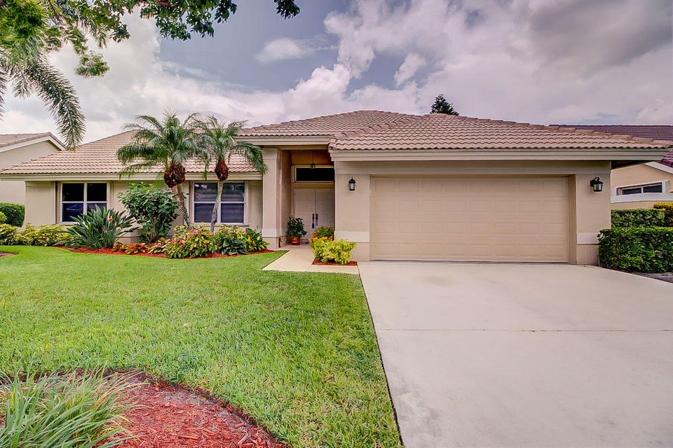 6748 Brookhurst Circle  Lake Worth, FL 33463