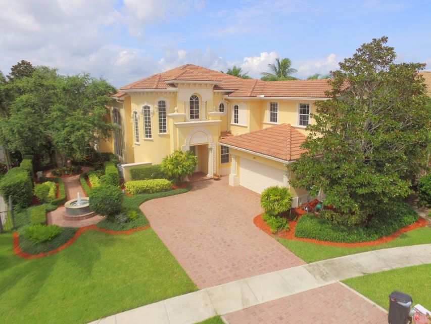 New Home for sale at 142 Rosalia Court in Jupiter