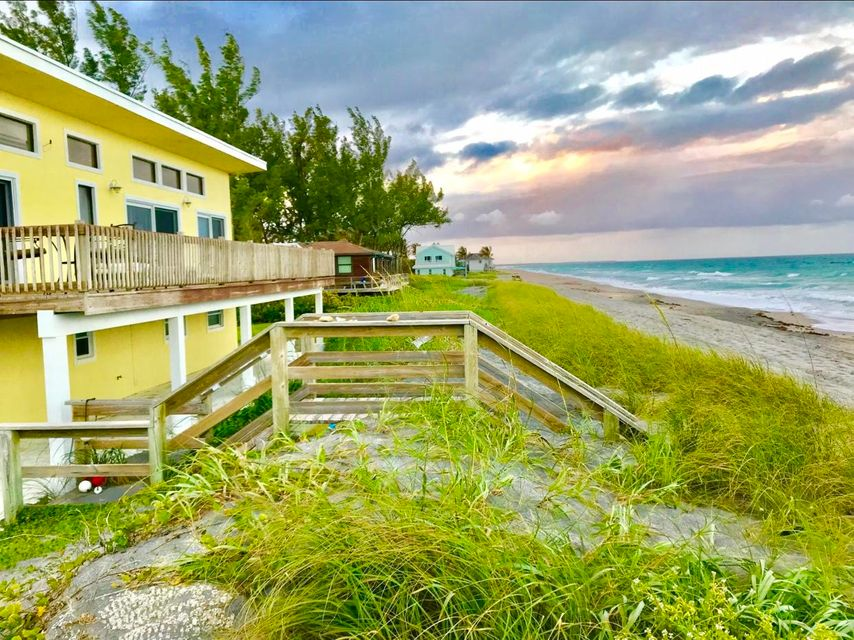 137 N Beach Road - Hobe Sound, Florida