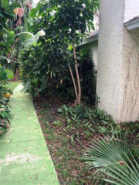 2695 Carambola Road West Palm Beach, FL 33406 photo 32