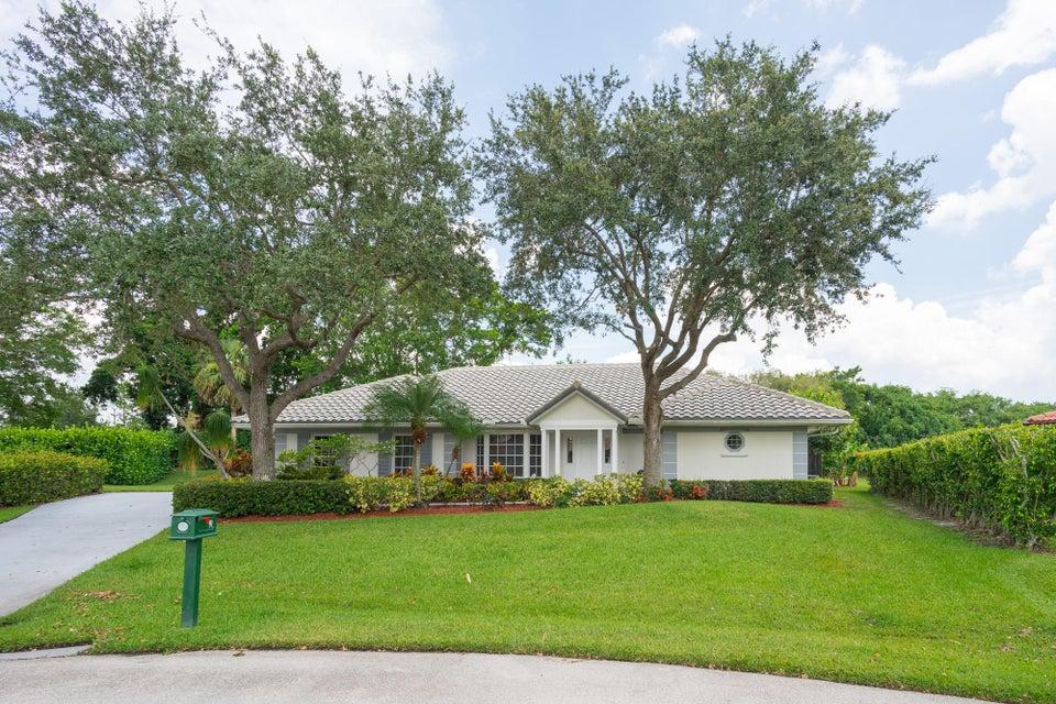 91 Dunbar Road , Palm Beach Gardens FL 33418 is listed for sale as MLS Listing RX-10450575 30 photos