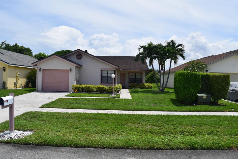 Home for sale in LAKESIDE GREEN 2 West Palm Beach Florida