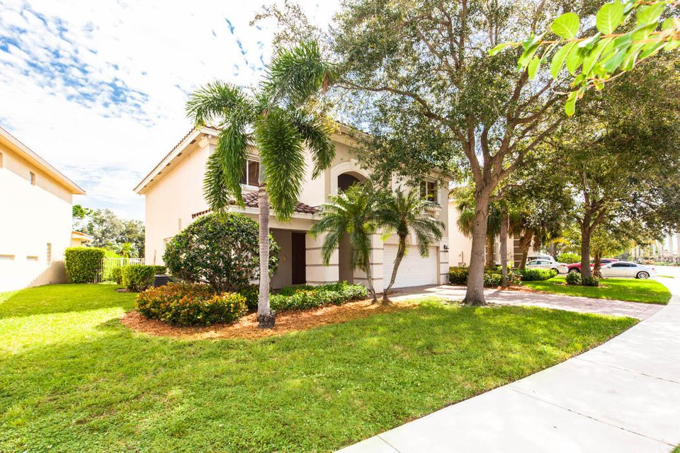9029 Silver Glen Way Lake Worth, FL 33467 small photo 2