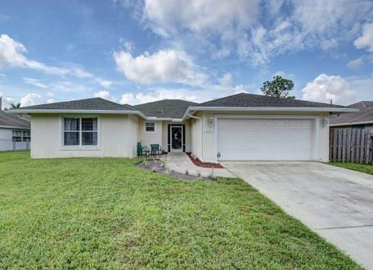7586 Cocoanut Drive  Lake Worth, FL 33467
