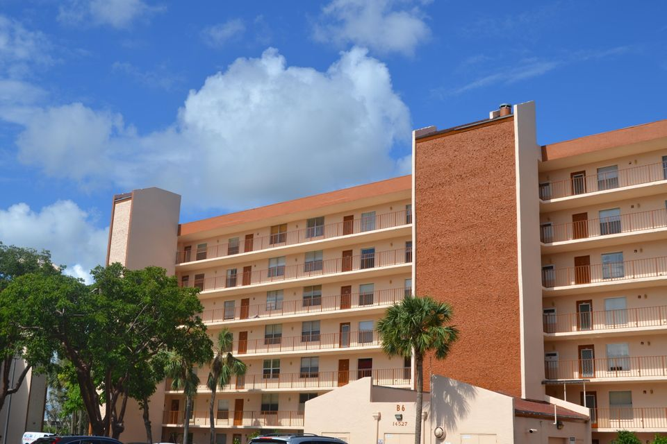 14527 Bonaire Boulevard 502  Delray Beach, FL 33446