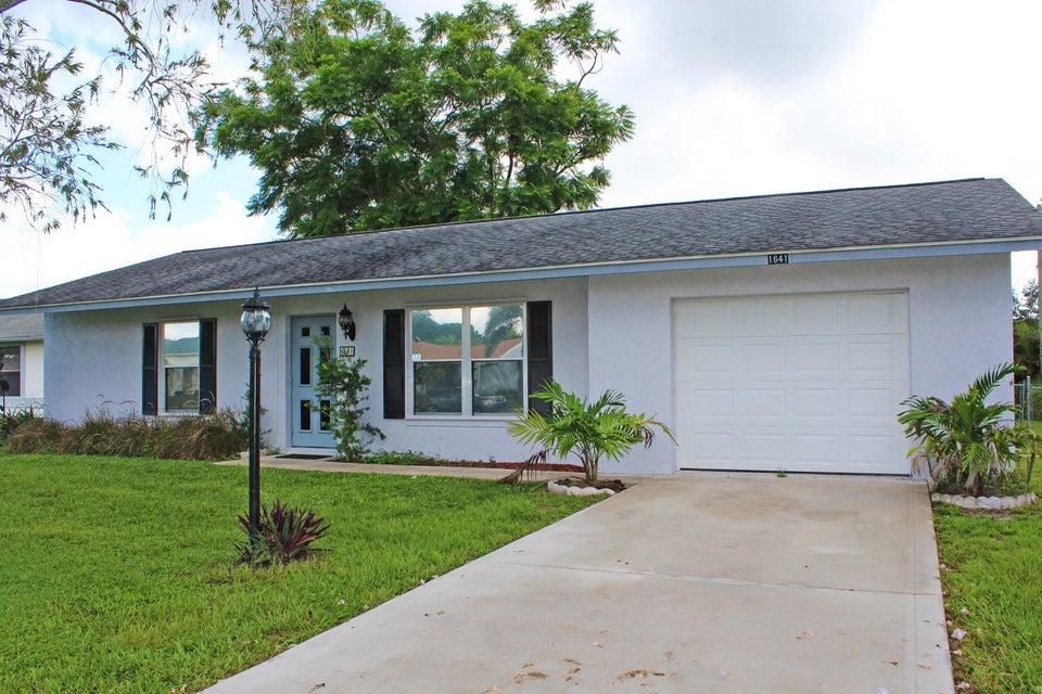 1641 SE Sandia Drive  Port Saint Lucie FL 34983