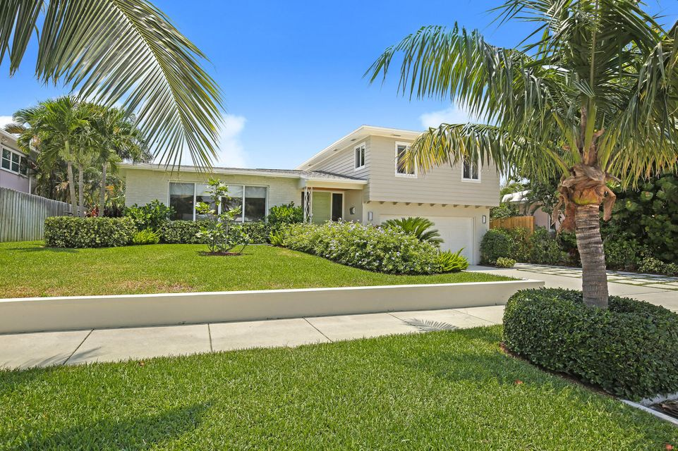 Home for sale in COLLEGE PARK ADD 4 Lake Worth Florida