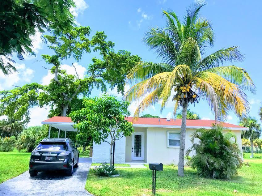 4770 NW 18th Avenue  Deerfield Beach FL 33064