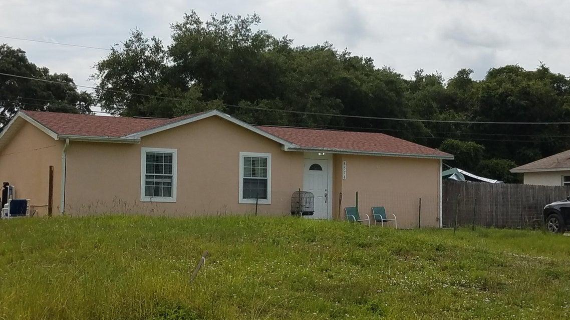 8576 98th Court - Vero Beach, Florida