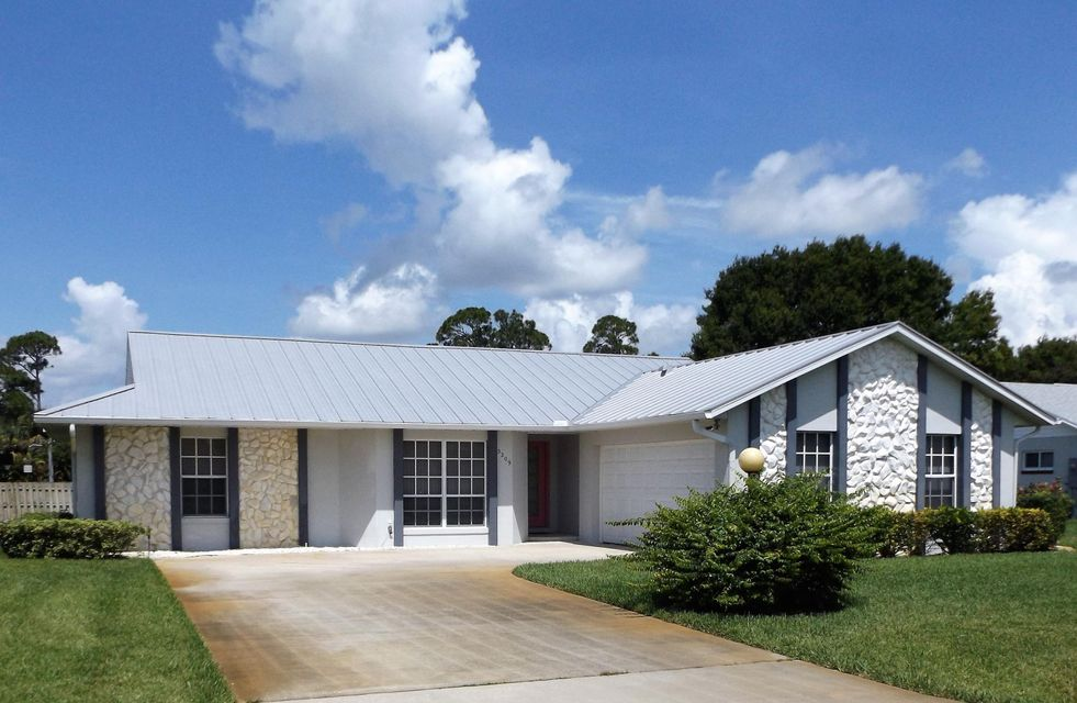 Home for sale in Holiday Pines Fort Pierce Florida