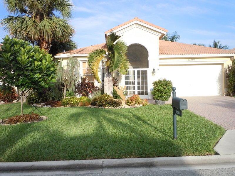 CORAL LAKES Tuscany home 12607 Via Ravenna Boynton Beach FL 33436