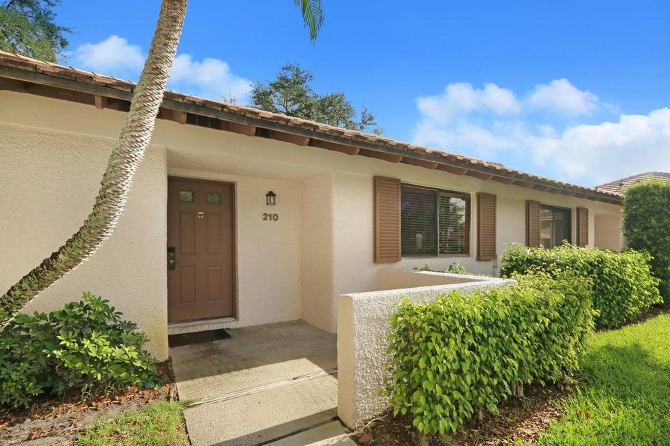 210 Club Drive  Palm Beach Gardens FL 33418
