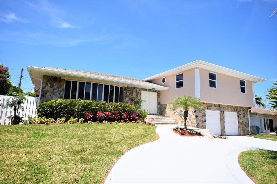 111 SE 29th Avenue, Boynton Beach in Palm Beach County, FL 33435 Home for Sale
